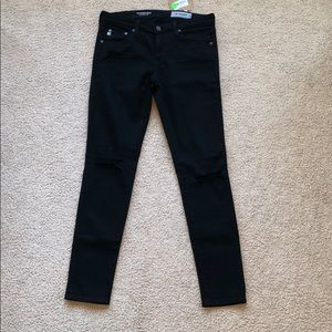🔴FLASH SALE🔴 distressed AG Jeans NWT